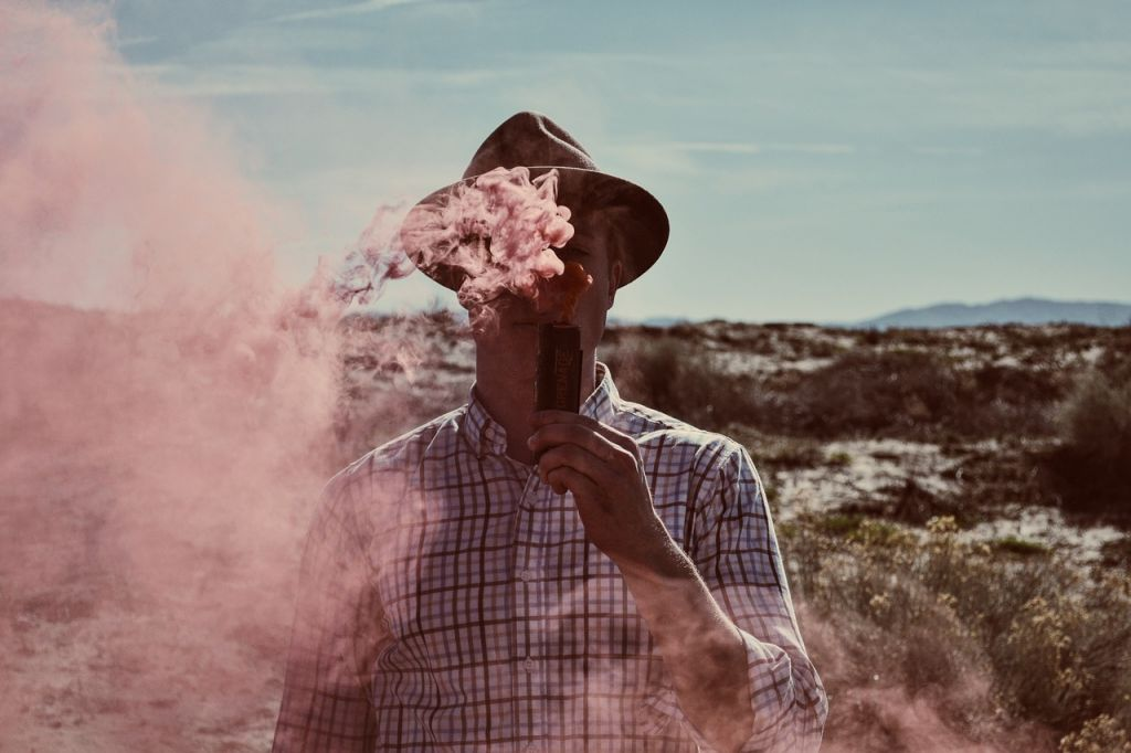 Why Staying Hydrated Is Important When You Vape Cannabis or CBD