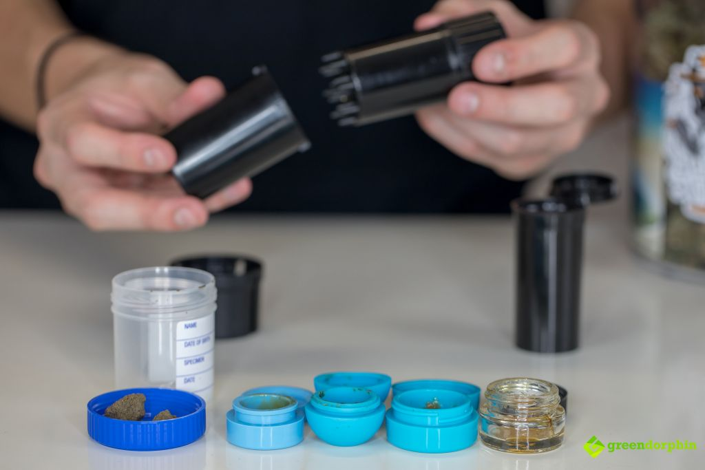 store your cannabis - plastic and silicone containers