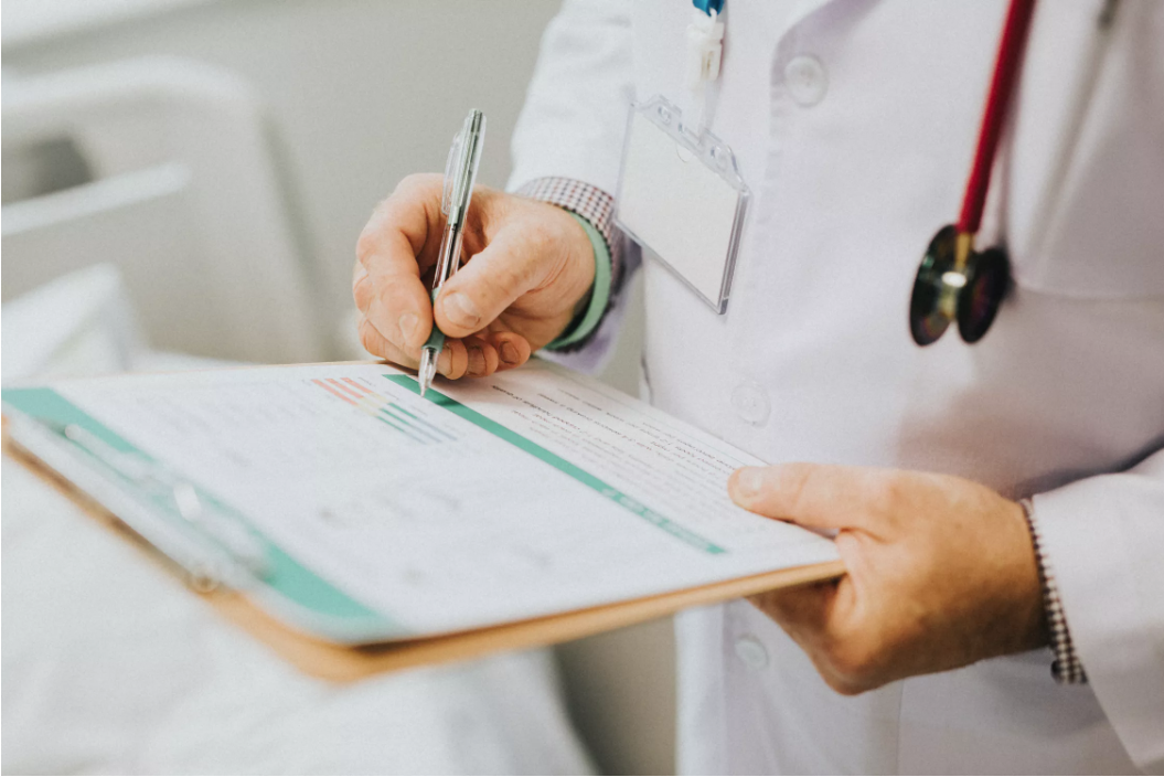 How to Approach Your Doctor About Prescribing Medical Marijuana for Pain Relief