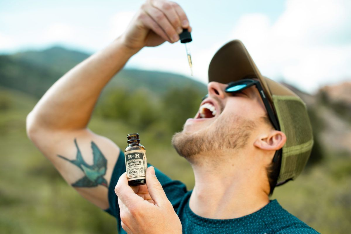 The Benefits of Using Organic CBD Tinctures to Boost Your Health