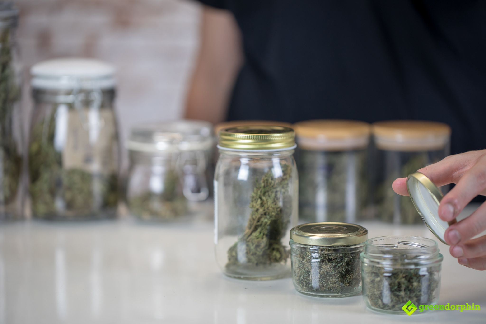 Why You Should Start Consuming CBD Strains for Chronic Health Conditions?