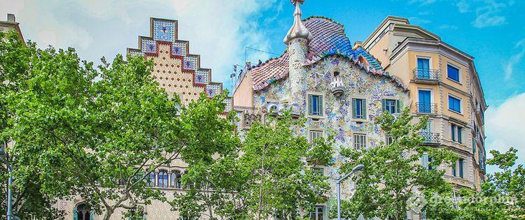 Cannabis travel destinations - Barcelona Spain