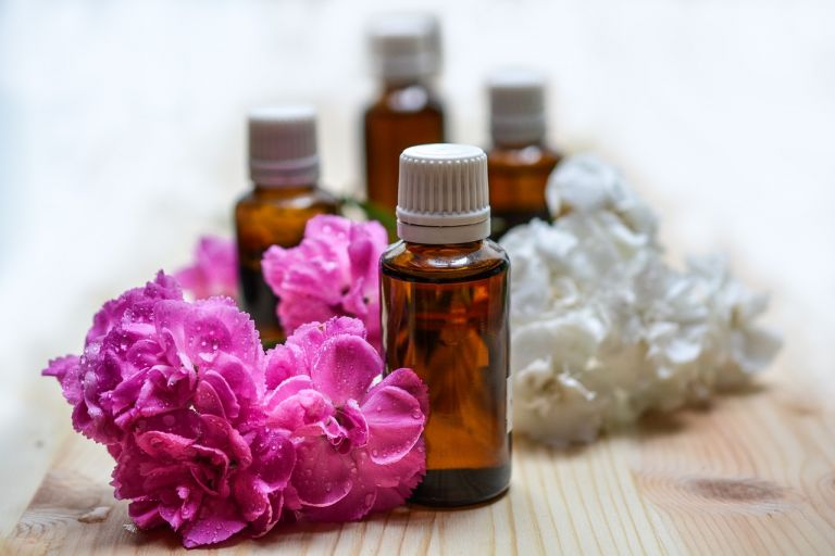 CBD Beauty Trends - essential oils