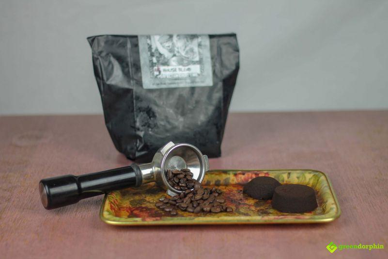 Grow organic weed coffee grounds